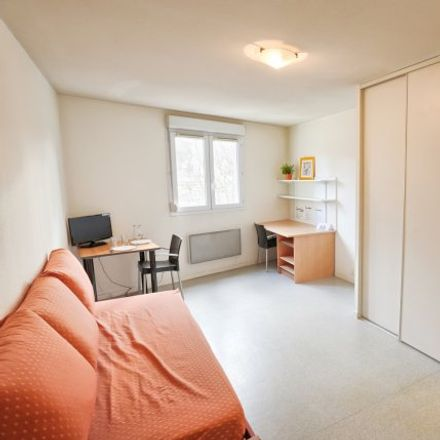 Rent this 1 bed apartment on 82 Rue des Docteurs Charcot in 42100 Saint-Étienne, France