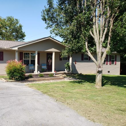 Rent this 3 bed house on 101 Snodgrass Road in New Tazewell, TN 37825