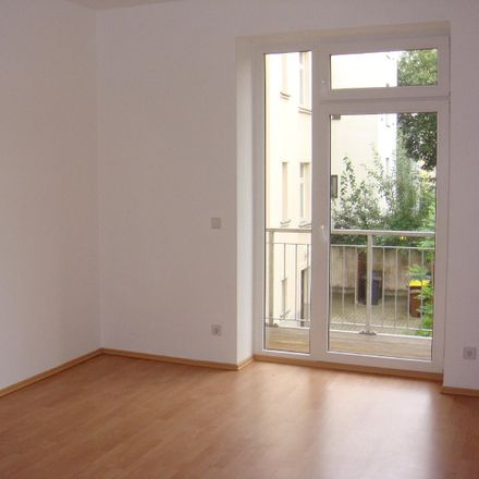 Rent this 2 bed apartment on Uhlandstraße 15 in 09130 Chemnitz, Germany