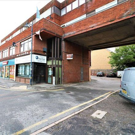 Rent this 1 bed apartment on 267 Monarch's Way in Broxbourne EN8 7BE, United Kingdom