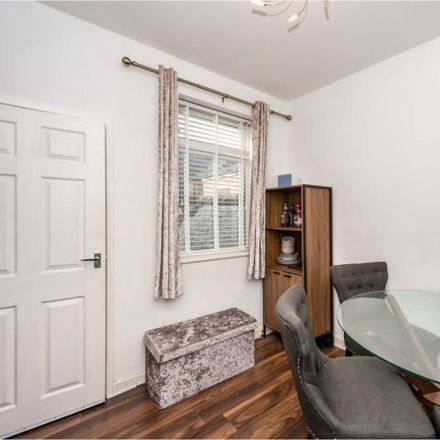 Rent this 2 bed house on Greenway Road in Widnes WA8 6HE, United Kingdom