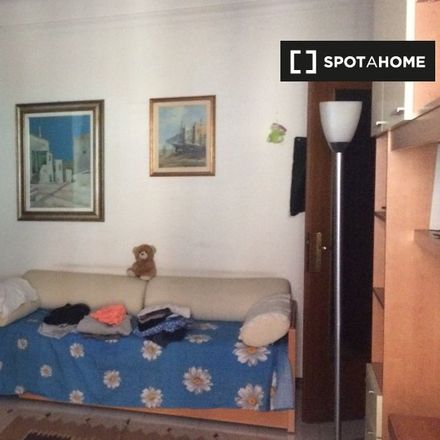 Rent this 1 bed room on Viale Umbria in 20135 Milan Milan, Italy