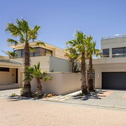 Rent this 3 bed house on Tanglewood Gardens in Milnerton, 2251
