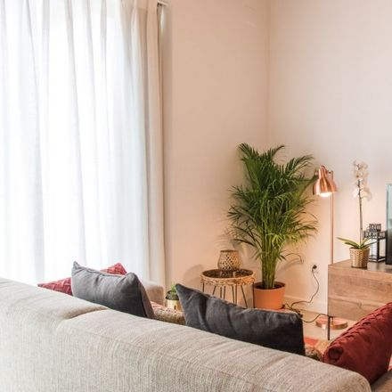 Rent this 3 bed apartment on Bar Alpa in Extramurs, Carrer del Matemàtic Marzal