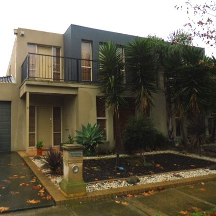 Rent this 3 bed house on 31 Caledonian Way