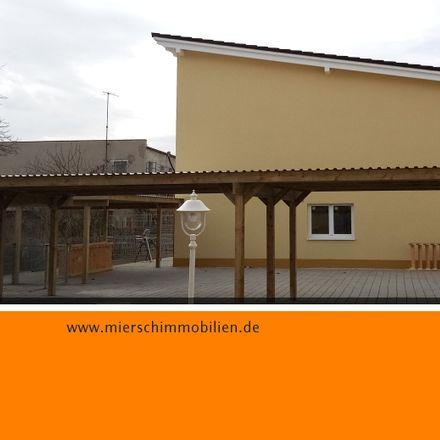Rent this 4 bed apartment on Jägerstraße in 06618 Naumburg (Saale), Germany