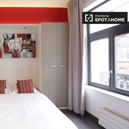 Rent this 0 bed apartment on Place Saint-Géry - Sint-Goriksplein 28 in 1000 Ville de Bruxelles - Stad Brussel, Belgium