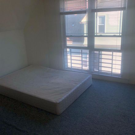 Rent this 1 bed room on 320 Richmond Avenue in Buffalo, NY 14222
