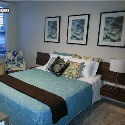 Rent this 1 bed loft on 535 West Thomas Road in Phoenix, AZ 85013-4224