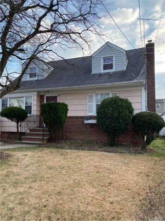 Rent this 4 bed house on 204 Beech Street in Valley Stream, NY 11580
