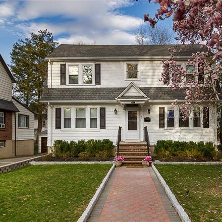 Rent this 3 bed house on 175 Greenridge Avenue in White Plains, NY 10605