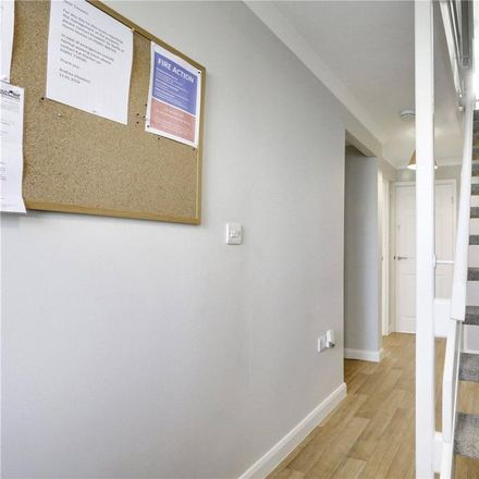 Rent this 1 bed room on Hunters Way in Tunbridge Wells TN2 5QE, United Kingdom