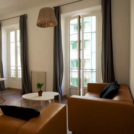 Rent this 2 bed room on 9B Rue François Guisol in 06300 Nice, France