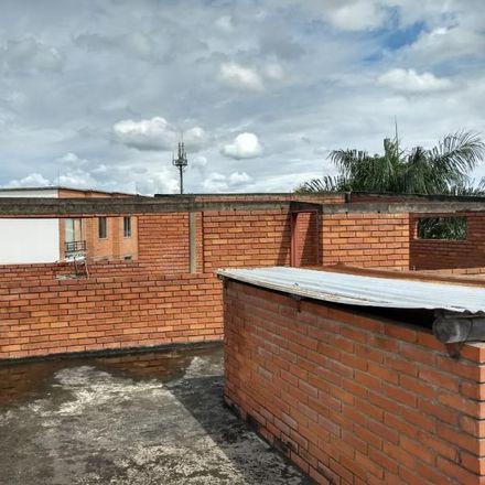 Rent this 15 bed apartment on Carrera 53 in Cañaverales - Los Samanes, 760033 Perímetro Urbano Santiago de Cali