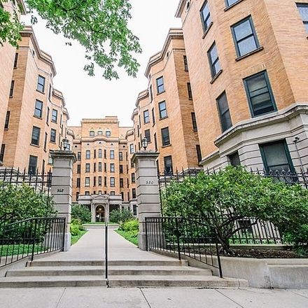 Rent this 1 bed condo on 550-568 West Surf Street in Chicago, IL 60657