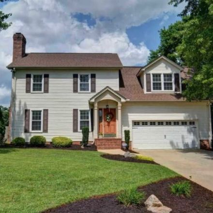 Rent this 1 bed room on 48 Dogwood Lane in Greenville, SC 29607