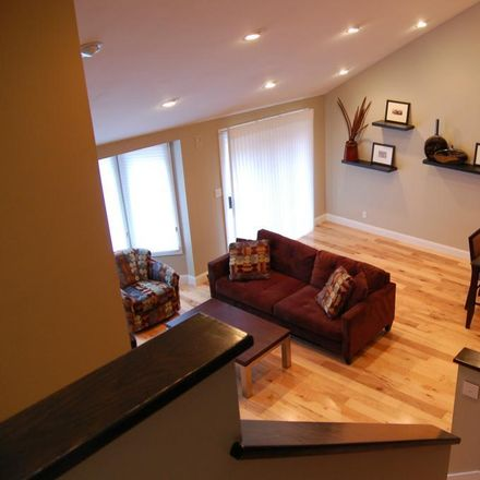 Rent this 3 bed loft on W Pine Pl in Saint Louis, MO