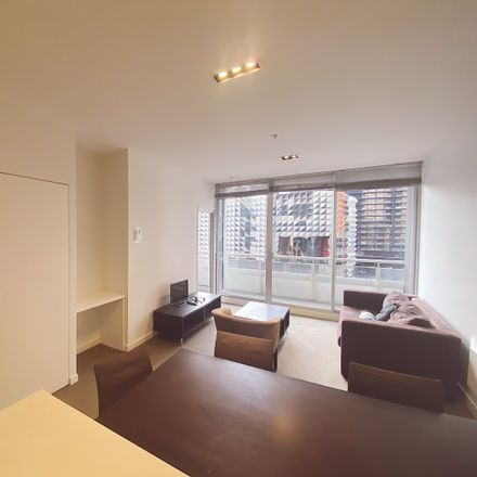 Rent this 2 bed apartment on 1006A/8 Franklin Street