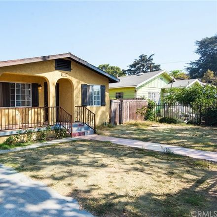 Rent this 3 bed house on 1213 West 60th Street in Los Angeles, CA 90044