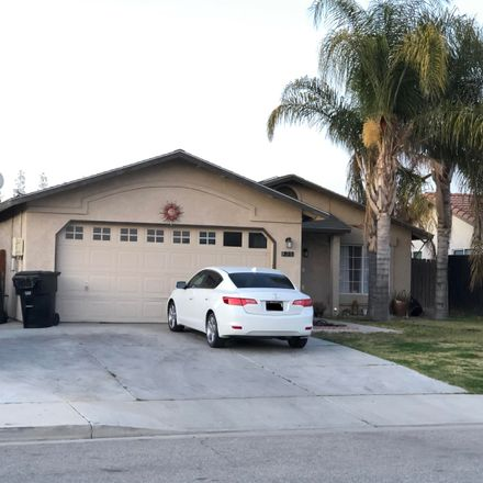 Rent this 4 bed house on 928 Hazelnut Street in Wasco, CA 93280