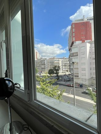 Rent this 1 bed apartment on Lisbon in Alvalade, PT