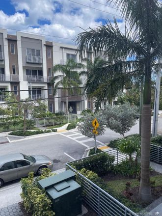 Rent this 1 bed condo on 1045 Northeast 18th Avenue in Fort Lauderdale, FL 33304
