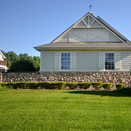Rent this 2 bed townhouse on 8651 Saddlebred Court in Frankfort, IL 60423