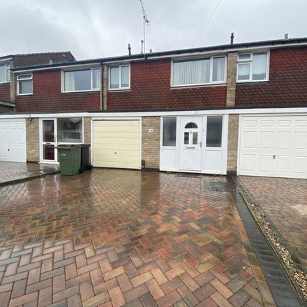 Rent this 3 bed house on Dove Rise in Oadby and Wigston LE2 4NY, United Kingdom
