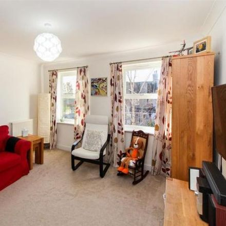 Rent this 3 bed house on 17 in Victoria Street, Horsham RH13 5DQ