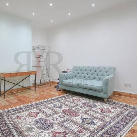 Rent this 2 bed apartment on 256 New Cross Road in London SE14 5PL, United Kingdom