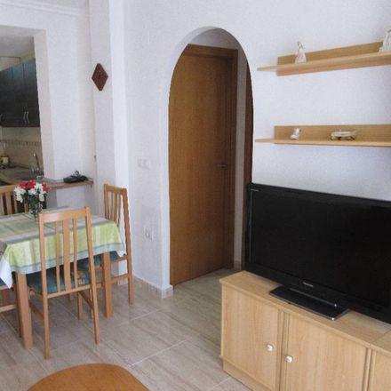 Rent this 2 bed apartment on Santander Bank in Avenida Diego Ramírez Pastor, 01380 Torrevieja