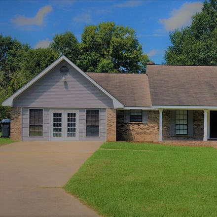Rent this 3 bed house on 15 Bates Lane in Lamar County, MS 39402