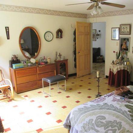 Rent this 5 bed apartment on Calle 7 Oeste in Comuna 19, 760101 Perímetro Urbano Santiago de Cali