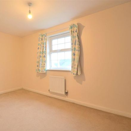 Rent this 3 bed house on Coopers Edge School in Typhoon Way, Tewkesbury GL3 4DY