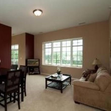 Rent this 2 bed condo on 114 Longwood Terrace in Mundelein, IL 60060