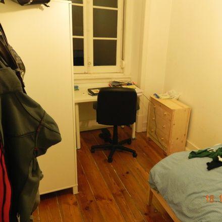 Rent this 3 bed room on Rua de Moçambique 1 in 1170-114 Lisboa, Portugal