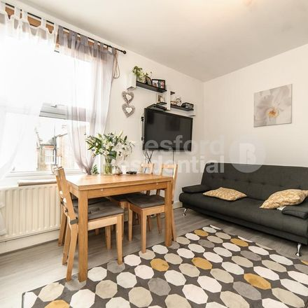 Rent this 2 bed apartment on Kingscourt Road in London SW16 1BW, United Kingdom