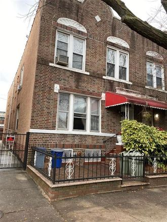 Rent this 8 bed townhouse on Brooklyn in NY, US