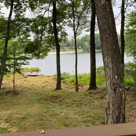Rent this 3 bed house on 6105 Boardwalk Dr in Tobyhanna, PA