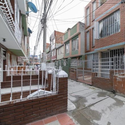 Rent this 6 bed apartment on Carrera 78F in Localidad Kennedy, 110861 Bogota