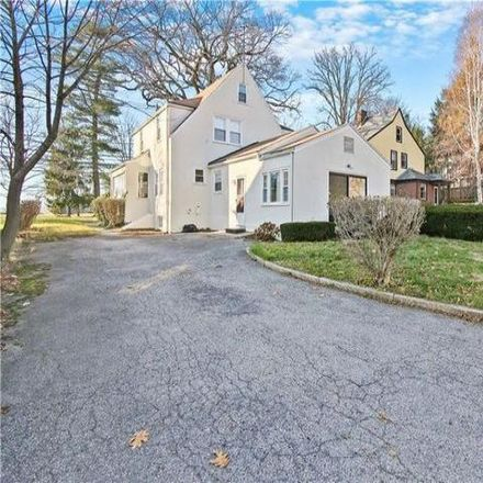 Rent this 3 bed house on 217 Strawberry Hill Avenue in Stamford, CT 06902