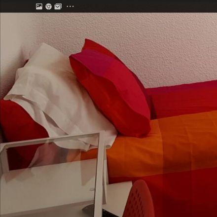 Rent this 3 bed room on Calle de Ernestina Manuel de Villena in 6, 28026 Madrid