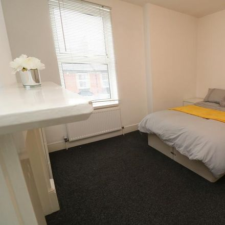 Rent this 5 bed room on Holland Road in Maidstone ME14 1UL, United Kingdom