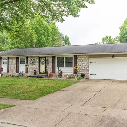 Rent this 3 bed house on 406 Oakdale Drive in Dover, OH 44622