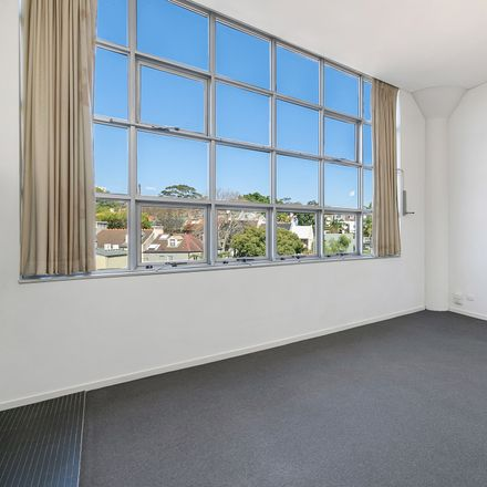 Rent this 1 bed apartment on 54/15-19 Boundary Street