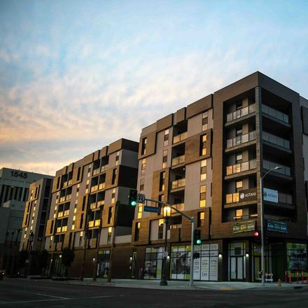 Rent this 2 bed apartment on 1515 Wilshire Boulevard in Los Angeles, CA 90017