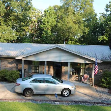 Rent this 4 bed house on Oak Ave in Bessemer, AL