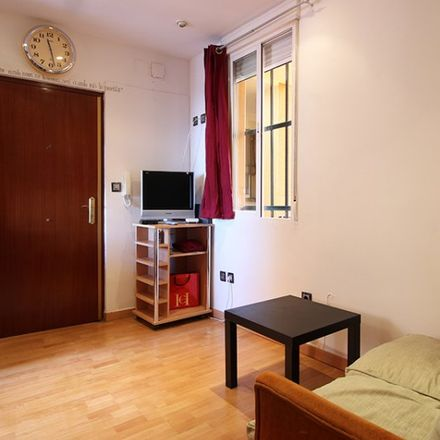 Rent this 1 bed apartment on Calle del Mesón de Paredes in 49, 28012 Madrid