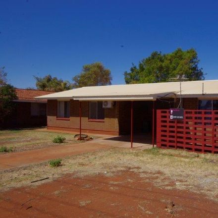 Rent this 3 bed house on 30 Marloo Street