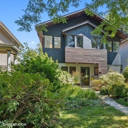 Rent this 3 bed house on S Lyman Ave in Oak Park, IL